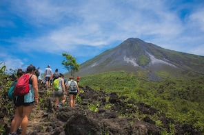 Two Volcanoes Tour in Arenal
