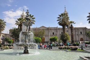 Arequipa City Tour and Santa Catalina Monastery