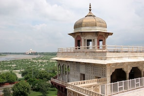 Taj Mahal Private Tour From Pune 2 Days