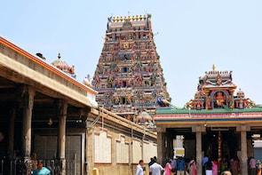 Day Tour of Kapaleeshwarar Temple & Marina Beach in Chennai