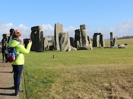 Small Group 1 Day Tour: Stonehenge, Bath, Lacock & Avebury