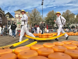 Small Group Alkmaar Cheese Market and City Tour