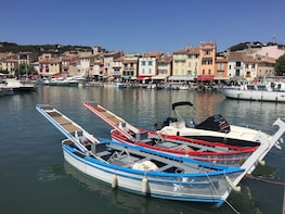 Cassis: sea, cliffs and wines