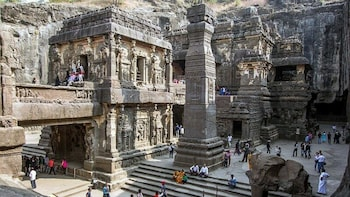 One Day Guided Tour of Ajanta and Ellora From Aurangabad