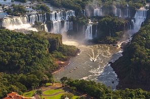 Argentinian Falls + Boat Tour Gran Aventura - Tickets Incl.