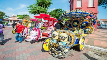 Private Tour: Kuala Lumpur & Malacca Day Historical Tour