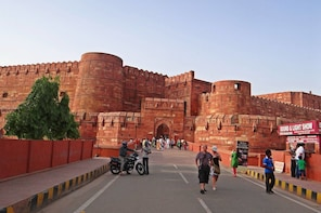 2 Days Delhi &Taj Mahal Tour from Leh