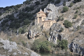 Soria: Day Trip from Madrid with Guided Tour and Monuments