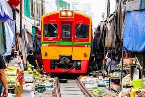 BANGKOK: RISKY MARKET,BOAT RIDING, AMPHAWA FLOATING MARKET