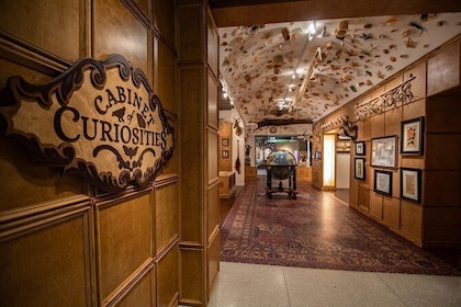 Entry into Cabinet of Curiosities Hall