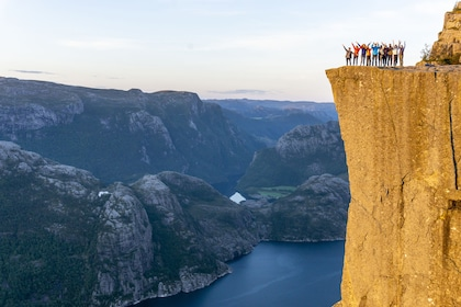 Outdoorlife Norway.20180901_Preikestolen Sunrise Hike.66.jpg