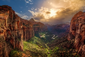 Zion National Park and Valley of Fire State Park VIP Tour