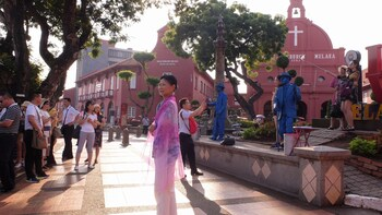 Private Day Trip to Kuala Lumpur & Malacca from Singapore
