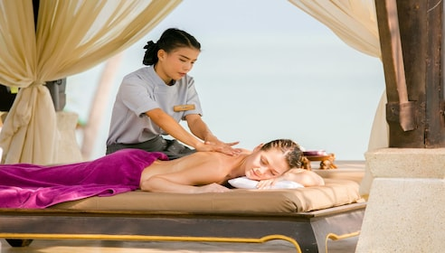5 Star Luxury - Spa Treatments at Melati Beach Resort & Spa