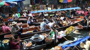 Private Damnoen Saduak & Chatuchak Weekend Market Tour