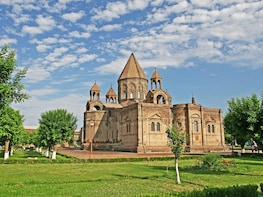 Group Tour: Echmiadzin Mother Cathedral and Zvartnots UNESCO