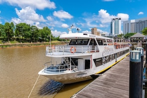 Sarawak River Cruise-Small Group Tour