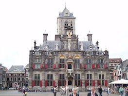 Private day trip to Delft and The Hague