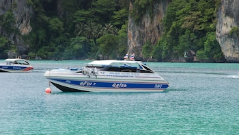 HalfDay-Sunset Phi Phi Island Tour From Phi Phi by Speedboat