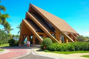 Vacation Photographer in Lapu-Lapu
