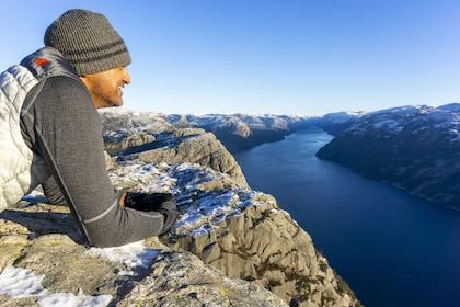 Outdoorlife Norway_ Preikestolen Autumn Hike.20181213.26.jpg