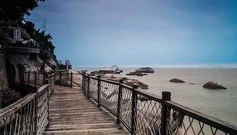 One-Day Xiamen City & Gulangyu Island Mini Group Tour
