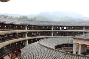 One day Hongkeng Hakka Earth Building & Shiqiao Village Tour