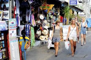 Bali Kuta District Shopping Trip with Spa Massage