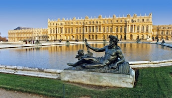 Versailles & Gardens Skip the Line with self-guided tour