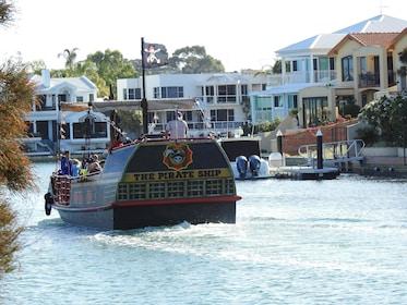 pirate-ship-mandurah-aft-photo.JPG