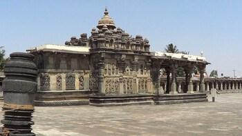 Excursion Tour of Belur, Halebeedu & Shravanabelagola