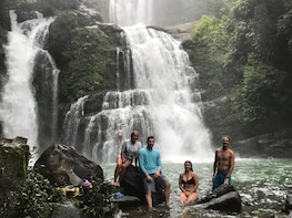 3/4 Day Nauyaca Waterfalls & Spectacular Beaches (4x4)