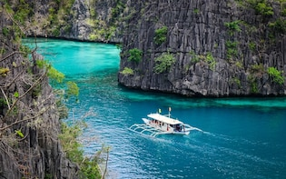 Private Coron Ultimate Tour with lunch & snorkel gear