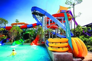 Vana Nava Water Park Hua Hin Admission Ticket