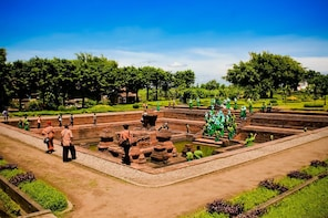 Surabaya Tour to Majapahit Kingdom's Ancient Temples
