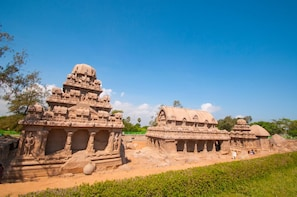 Mahabalipuram Day Trip from Chennai with Guide & Transport