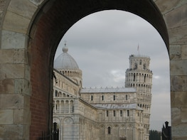 Explore Pisa, enter the Duomo and climb the Leaning Tower