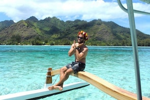 Moorea Intimate Snorkelling & Water Lunch Tour