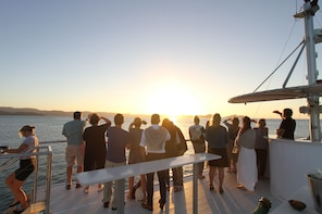 Hamilton Island Sunset Dinner Cruise
