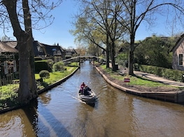 VIP Tour to Giethoorn and more