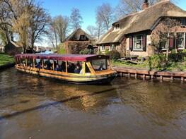 Giethoorn, Amsterdam Lake District and Shopping Village