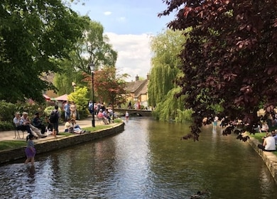 Small Group 1 Day Tour: Oxford & Cotswolds Villages