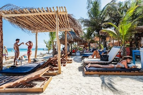 Costa Maya Reef Snorkelling And Beach