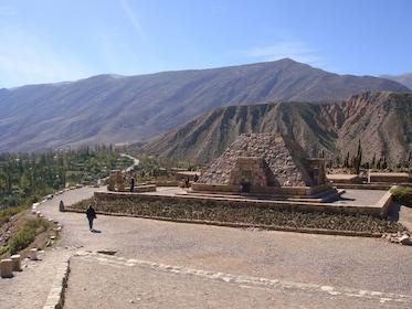Ruinas Pucara de Tilcara - Jujuy - Argentina - Agencia Tiamar Travel EVT Salta.jpg