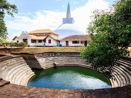 Anuradhapura Buddhist Icons Tour from Sigiriya
