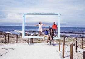 Robben Island, Table Mountain and City Tour Private Tour