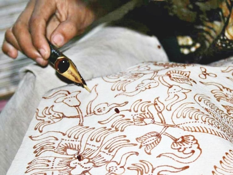 Show item 3 of 9. Bali Batik Class: Explore Your Inner Artistry