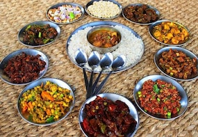 Half-Day Traditional Meal and Food Tasting Tour