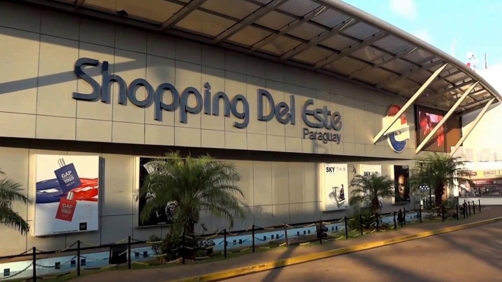 Cargar ítem 1 de 8. Shopping Tour in Paraguay from Foz do Iguaçu
