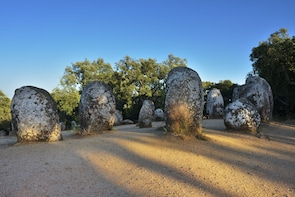 Evora Megalithic (Almendres Cromlech, Menhir, Anta Grande)